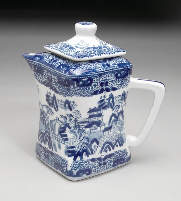 STAFFORDSHIRE REPRODUCTION FLOW BLUE & WHITE TEAPOT