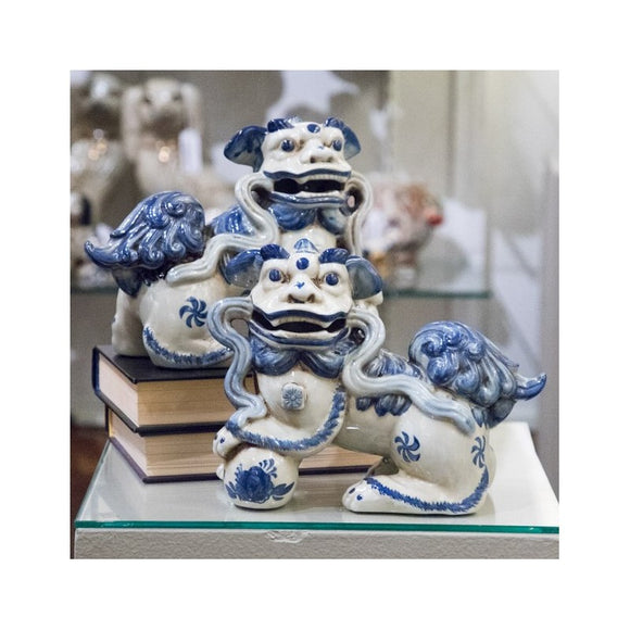 *New* Staffordshire Reproduction Blue And White Lucky Foo Dogs Set of 2