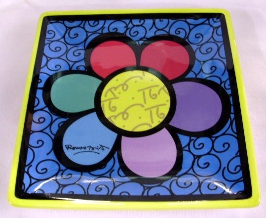 ROMERO BRITTO SQUARE PLATE-FLOWER