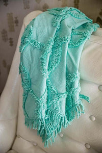 TUFTED COTTON THROW IN MINT
