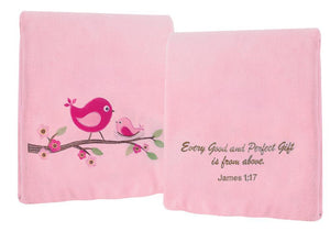 EVERY GOOD GIFT FLEECE THROW IN PINK