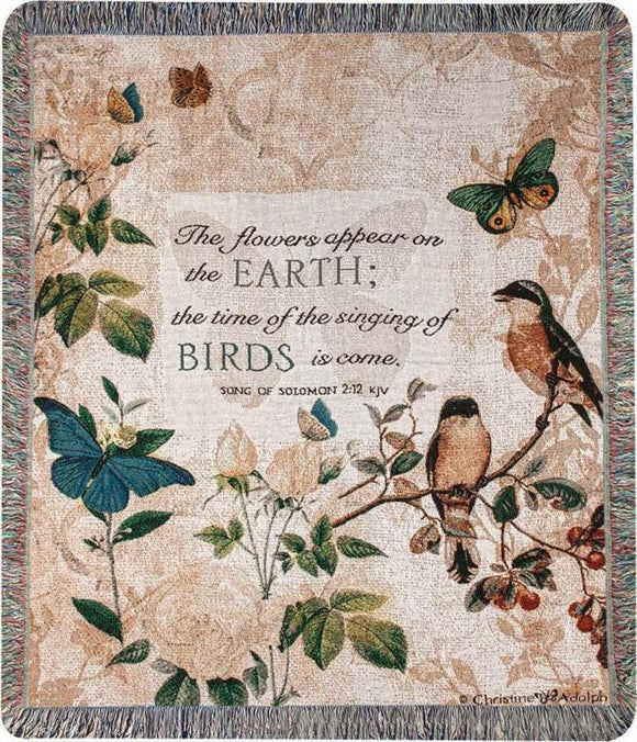 THE FLOWERS APPEAR ON THE EARTH TAPESTRY THROW