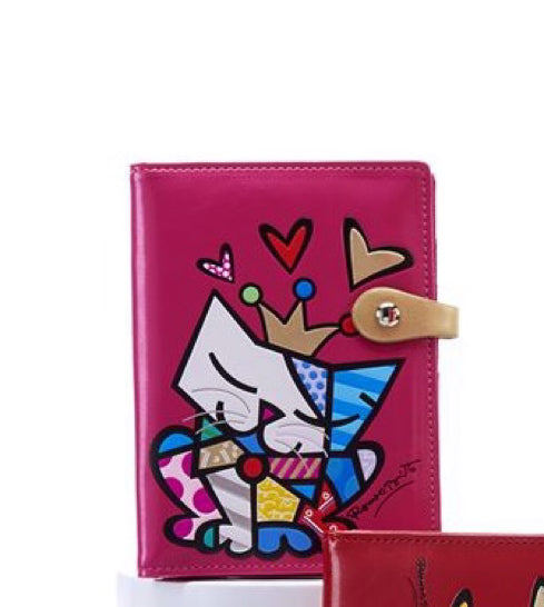 *NEW* ROMERO BRITTO ANNIVERSARY PASSPORT HOLDER WITH CAT