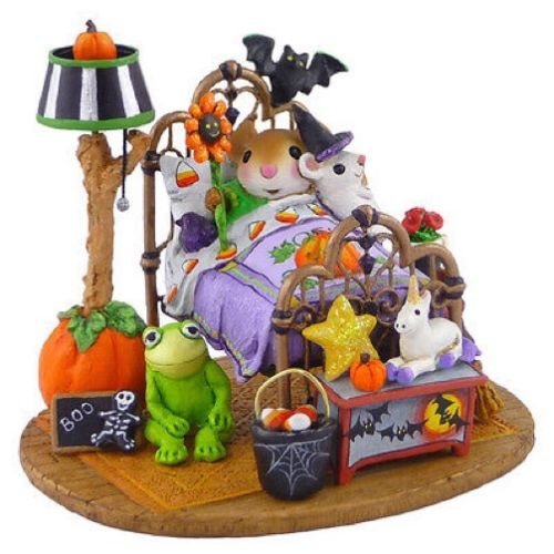 Wee Forest Folk Halloween Dreams Bed