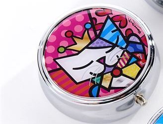 *NEW* ROMERO BRITTO ANNIVERSARY PILL BOX WITH CAT