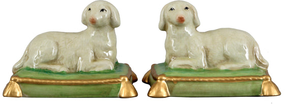 Staffordshire Reproduction Pair of Sheep, Set of 2
