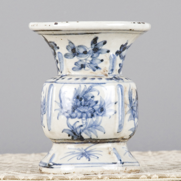 Blue And White Pattern Small Vase