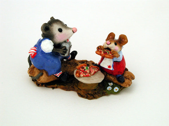 Wee Forest Folk Special Color R/W/B Possums Pizza Party