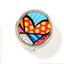 ROMERO BRITTO NEW HEART PILL BOX W/ MIRROR & DIVIDERS