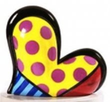ROMERO BRITTO HEART FIGURINE-YELLOW