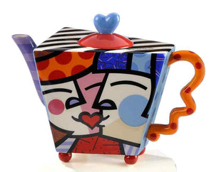 ROMERO BRITTO CERAMIC KISS DESIGN TEAPOT