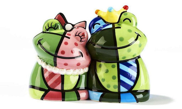 ROMERO BRITTO CERAMIC FROG PRINCE & HIS LADY SALT & PEPPER SHAKERS