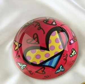 ROMERO BRITTO PAPERWEIGHT RED/PINK WITH HEART DESIGN