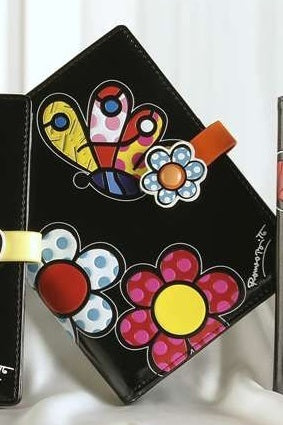 ROMERO BRITTO PASSPORT COVER BLACK WITH BUTTERFLY