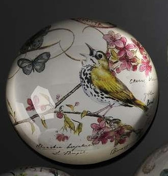 BOTANICAL YELLOW BIRD PAPERWEIGHT