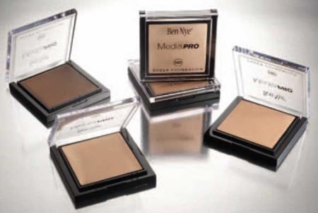 Ben Nye MediaPRO HD-205 CAMEO BEIGE sheer foundation