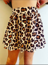 Load image into Gallery viewer, Bella Skort (Leopard)