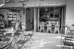 Outside view of Renaud's Patisserie