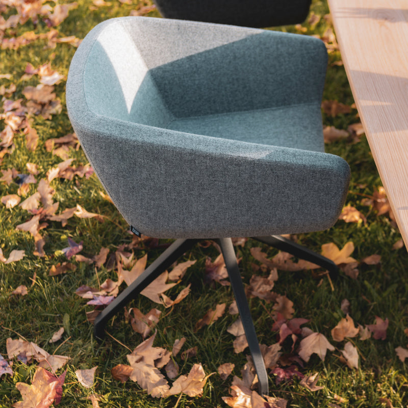 Arca Chair 4-Spoke Aluminum Swivel Chair