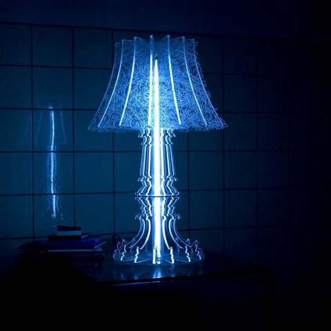 Contemporary Feminine-inspired Marie-Louise Engarved Blue Table Lamp | 212Concept
