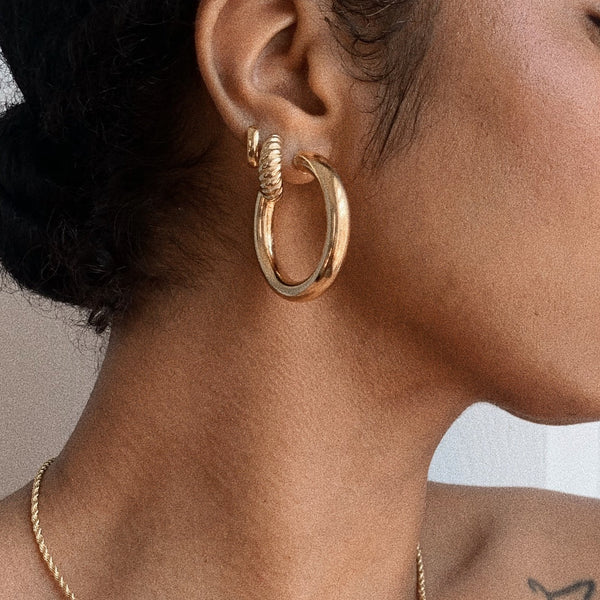 Bare Minimum Small Hoops - Sucré Couture