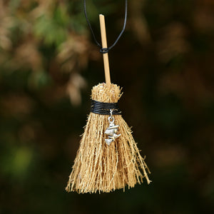 Pentagram Witch Broom Necklace | GULA MAGICK