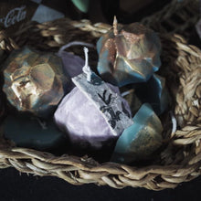 Load image into Gallery viewer, Empowerment Ritual Candle, Stone Set | GULA MAGICK