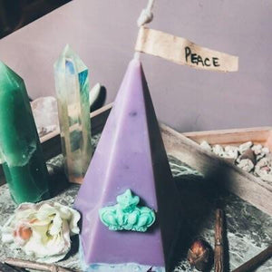 Stress Relief Pyramid Candle - GULA MAGICK