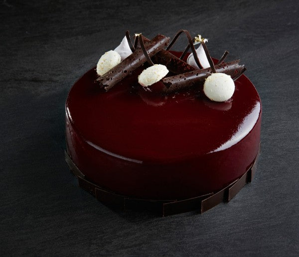 Blackcurrant and coconut mousse cake