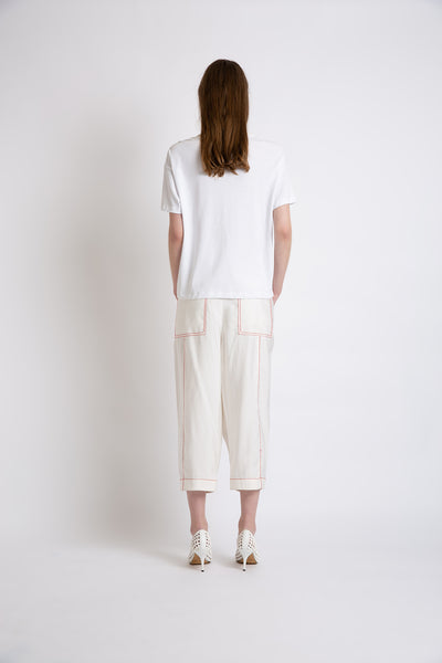 0281921604 White T-shirt with macrame front details