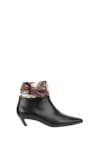 eq:iq DAWNA Leather Scarf-detailed Ankle Boots