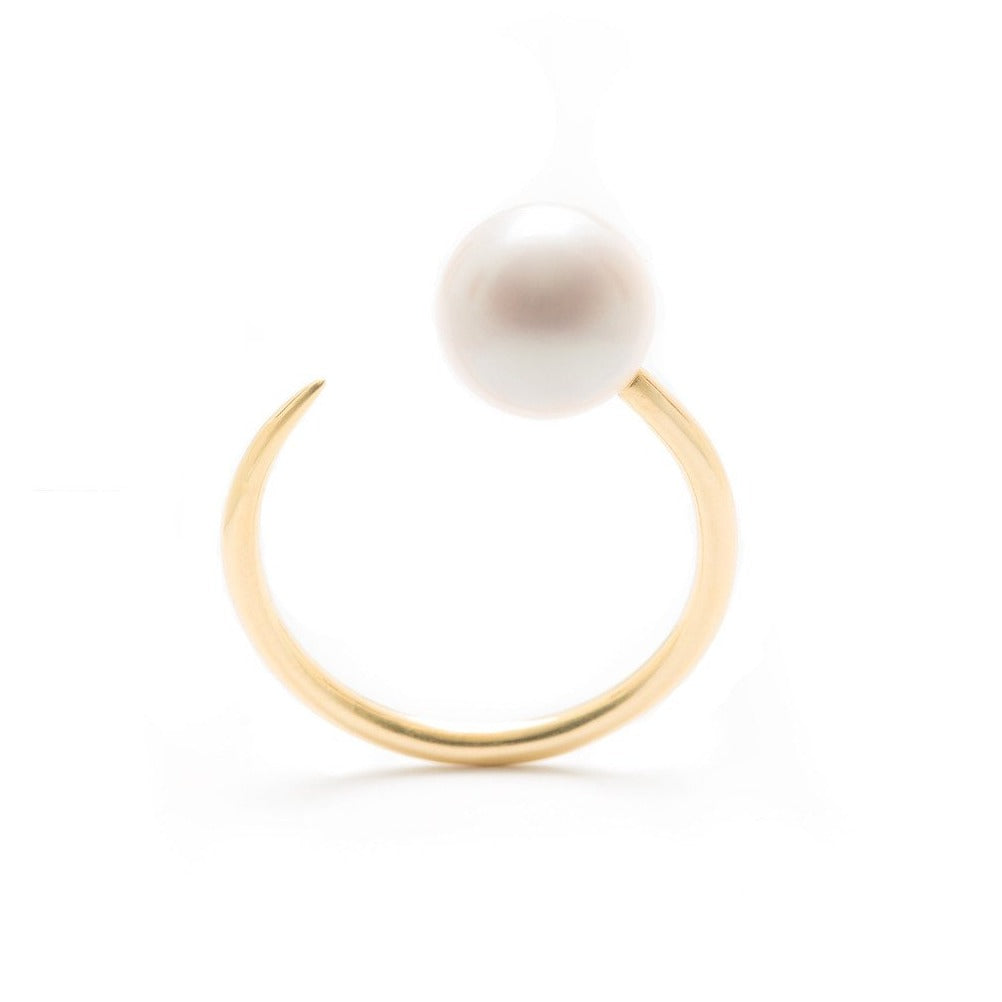 WHITE PEARL ILLUSION RING