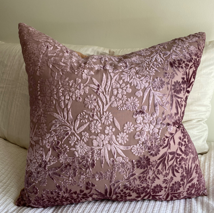 Collection Marie-Christine -  Coussin Euro vieux rose- violet