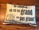 Coussin au camping on vit en grand