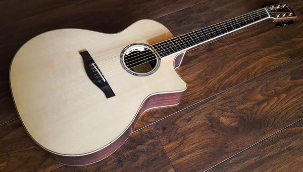 Eastman AC822CEFF - Perfection.