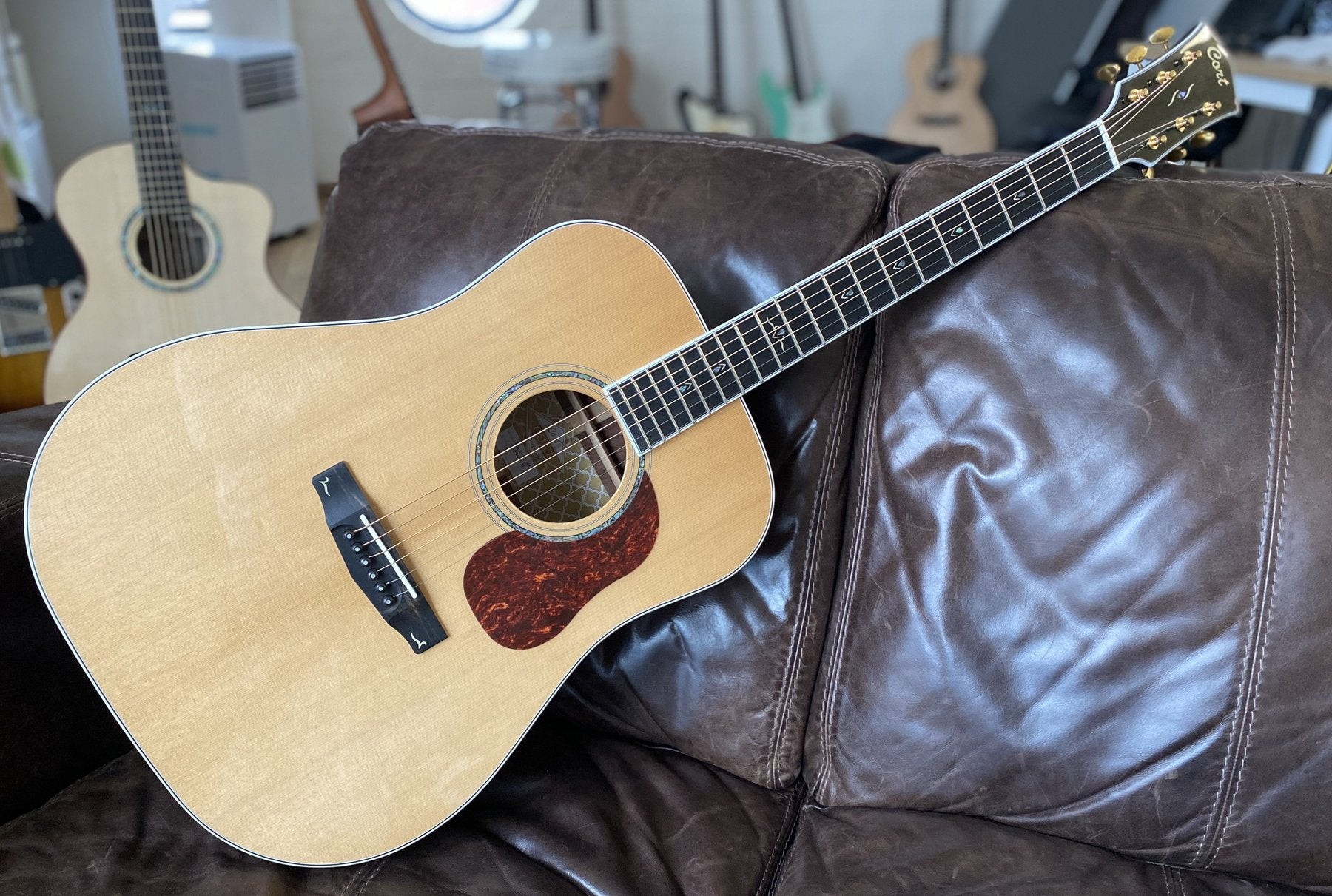 Cort Gold D8 Acoustic Guitar.  TOP personal recommendation Under £700