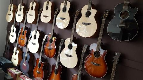 Trying Faith Guitars In Store