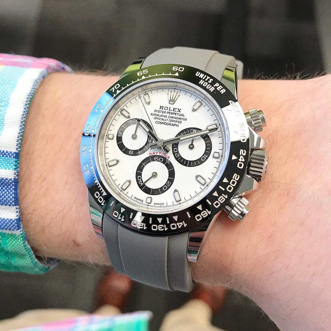 rolex daytona on curved end gray rubber strap from everest bands