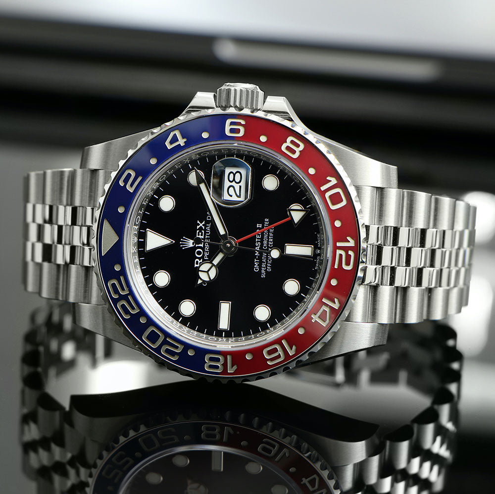 Modern or Classic Rolex? What to consider when choosing between a six-digit or five-digit Rolex