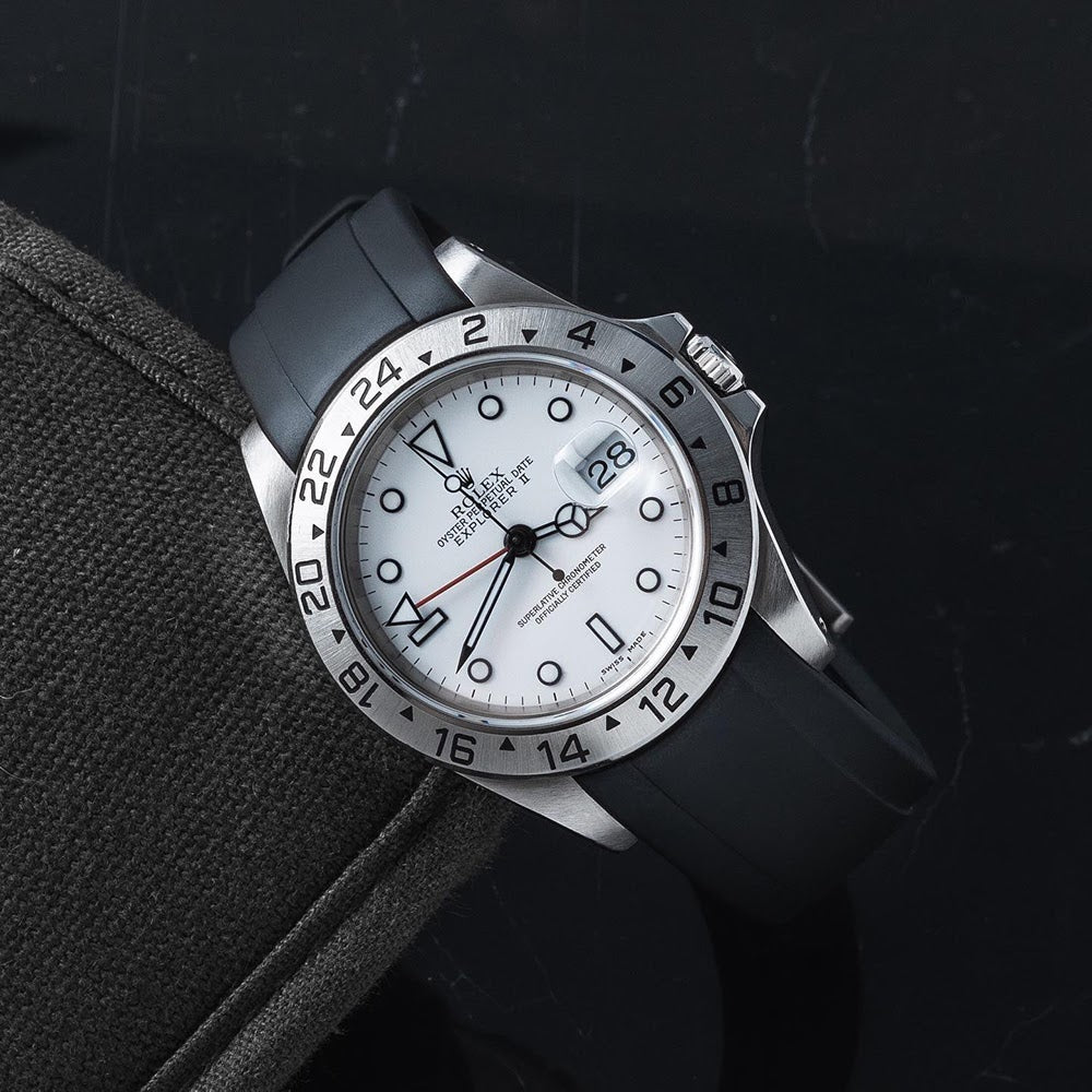 rolex explorer with white dial and black rubber everest strap