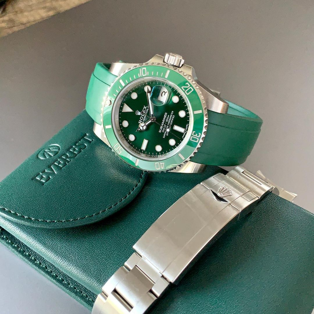 green everest leather watch pouch with hulk