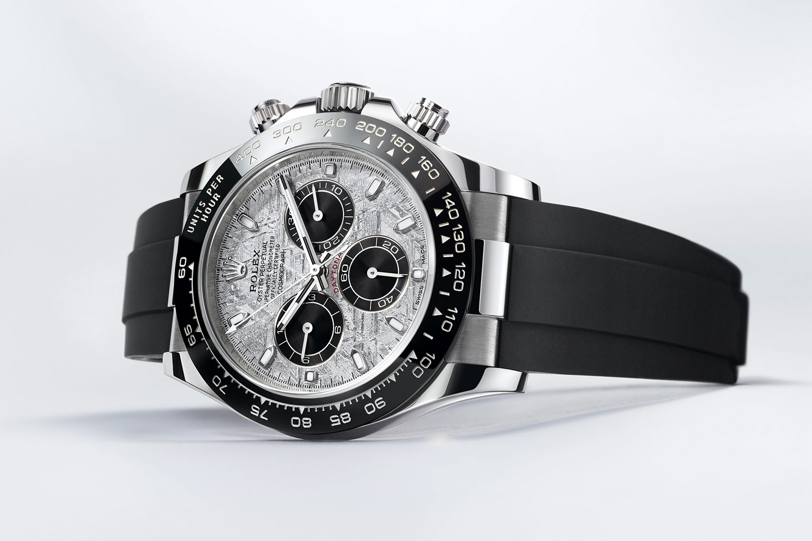 rolex daytona with meteorite dial on rubber strap