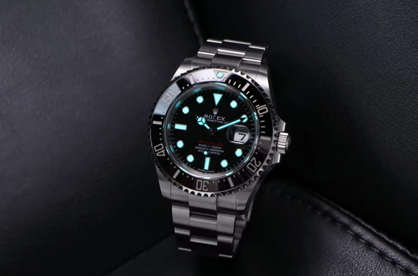 rolex sea-dweller light up dark