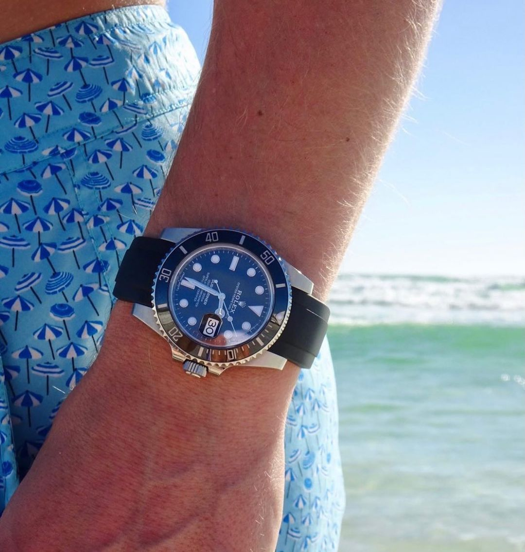 rolex submariner with everest rubber strap in black on beach
