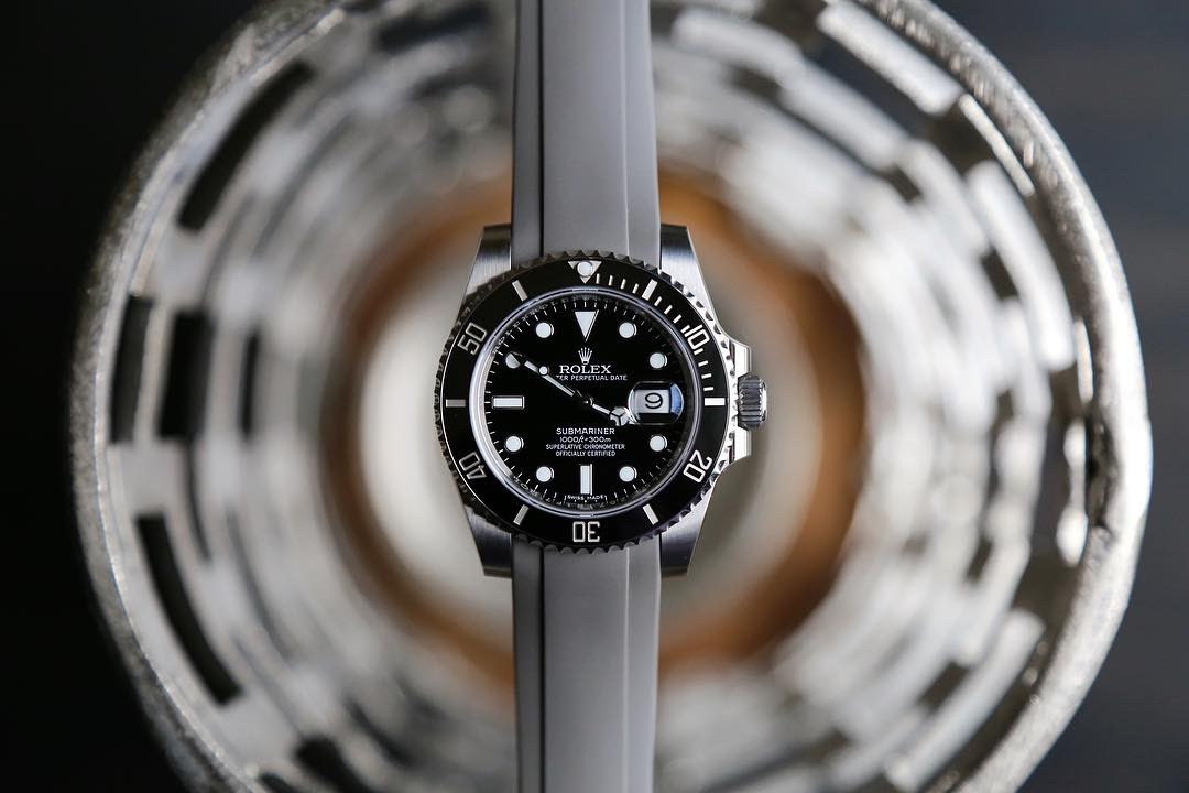 rolex submariner on rubber band