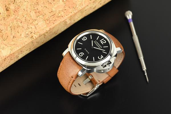 panerai luminor leather
