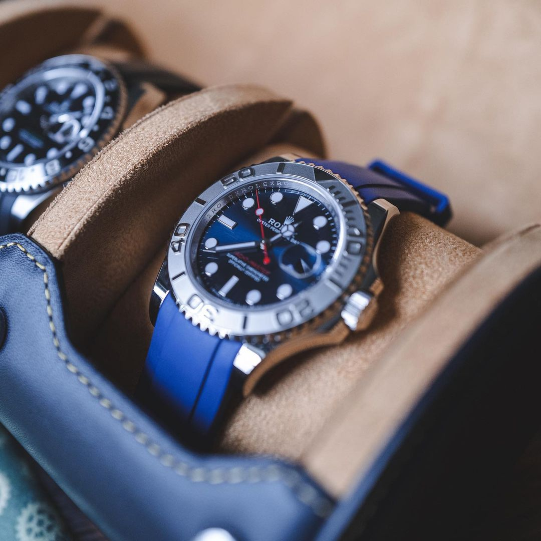 rolex yacht-master 40 on blue rubber strap in watch roll