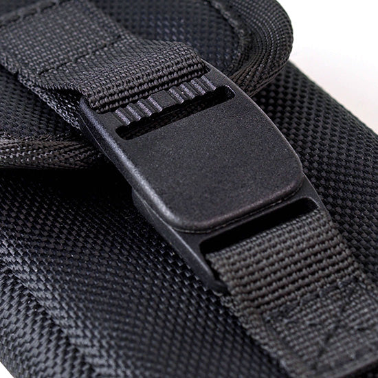 Secure pouch clasp
