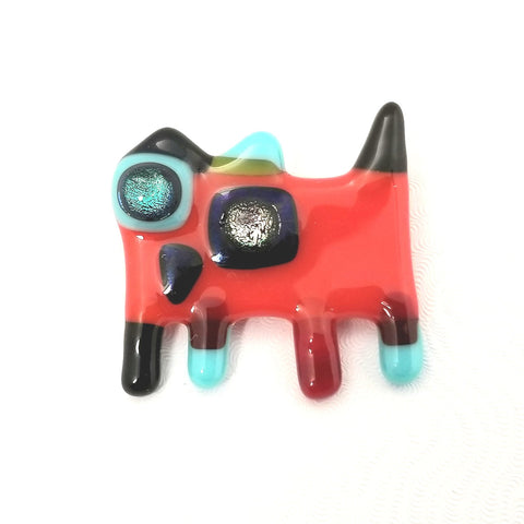 Broche chat rouge, verre fusionné.