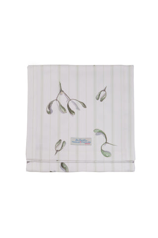 Nicole Phillips England Mistletoe and Wine Table Runner